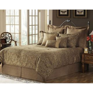 Townsend Deluxe Bedding Ensemble