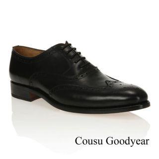 Modèle Goodyear. Coloris  Noir. Chaussures Richelieu J. BRADFORD