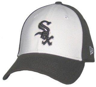 Mens Chicago White Sox Snow Front Classic Flex Fit Cap   L