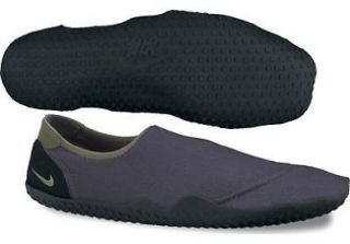 Aqua Sock Classic (10 D(M) US, Dark Shadow/Black/Urban Haze) Shoes