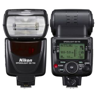 Flash NIKON SB 700   Achat / Vente OBJECTIF REFLEX  FLASH NIKON SB 700