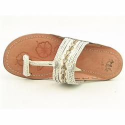 White Mountain Womens Thailand White T Strap Sandals
