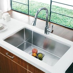VIGO 32 inch Undermount Stainless Steel 16 Gauge Kitchen Sink