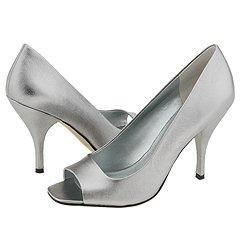 Nine West Gatier Pewter Leather
