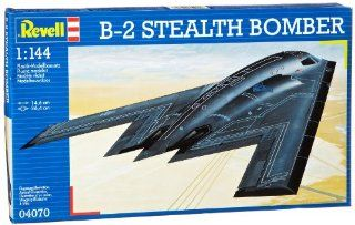 B 2 Sealh Bomber 1/144 Revell Germany oys & Games