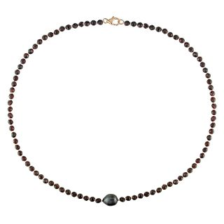Black Tahitian Pearl and Garnet Bead 18 inch Necklace (9 10 mm