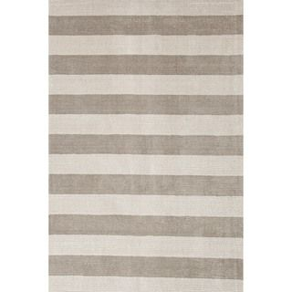 Hand loomed Transitional Mold Gray Wool/ Silk Rug (8 x 10