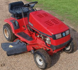 Snapper Front Engine 14 5 HP Briggs 38 Inch Cut Riding Mower Lawn